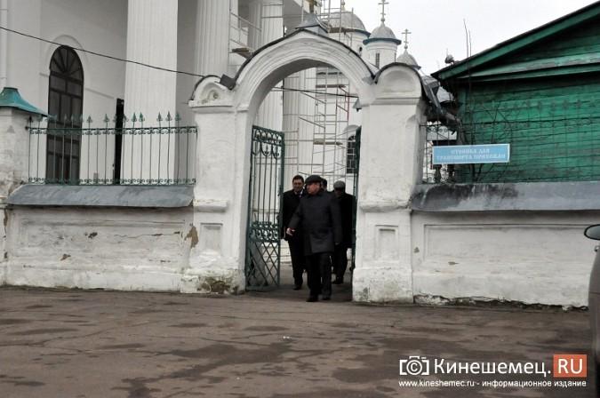 Станислав Воскресенский прогулялся по Волжскому бульвару фото 15