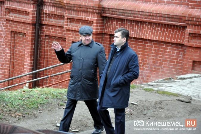 Станислав Воскресенский прогулялся по Волжскому бульвару фото 4