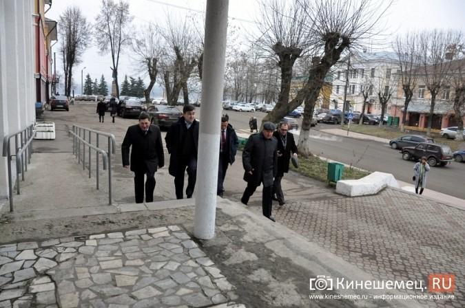 Станислав Воскресенский прогулялся по Волжскому бульвару фото 22