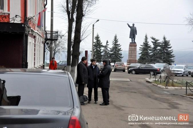 Станислав Воскресенский прогулялся по Волжскому бульвару фото 21