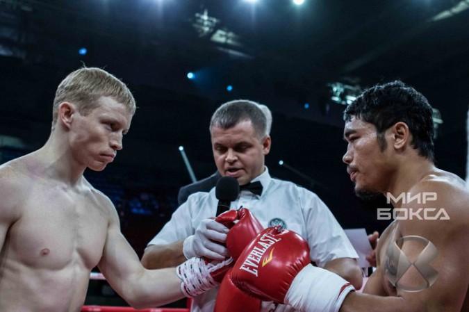 Кинешемский боксер Евгений Смирнов победил филиппинца фото 6