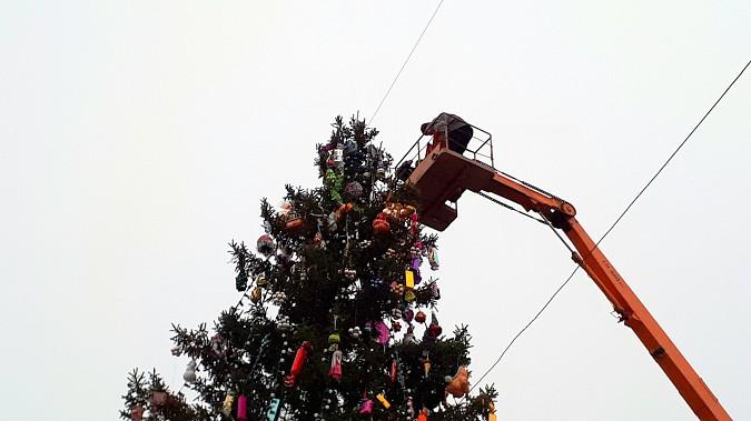 Главная новогодняя елка Кинешмы осталась без звезды фото 2