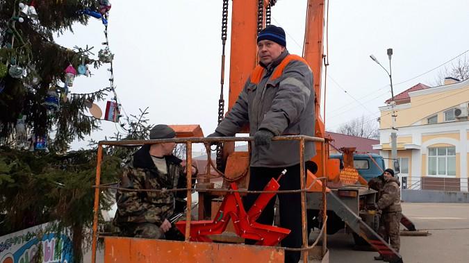 Главная новогодняя елка Кинешмы осталась без звезды фото 3