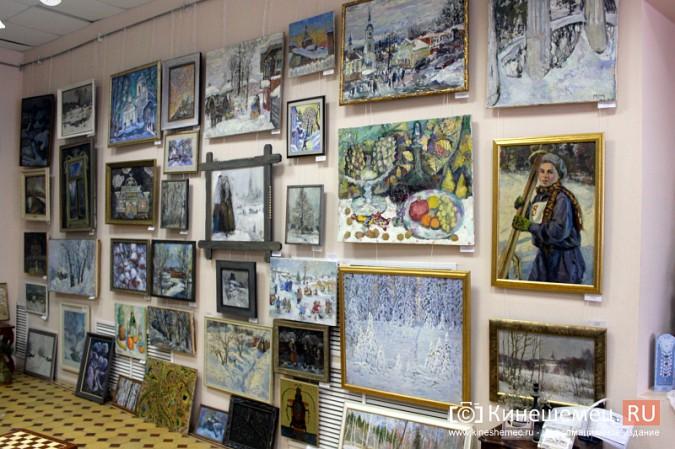 «Яркие краски холодной зимы» засияли в кинешемском художественном салоне фото 2
