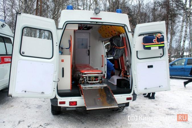Автопарк Кинешемской ЦРБ пополнился двумя автомобилями фото 16