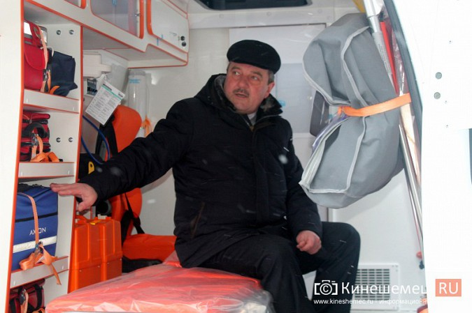 Автопарк Кинешемской ЦРБ пополнился двумя автомобилями фото 15