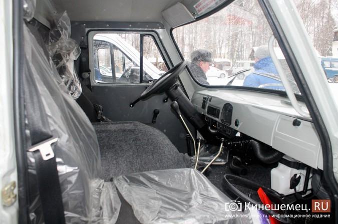Кинешемская ЦРБ пополнила автопарк еще двумя автомобилями фото 14