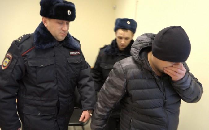 Грабители из Ивановской области обчистили ювелирный магазин в Судиславле фото 2