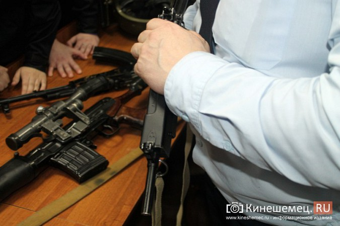 Кинешемские полицейские встретились с кадетами фото 13