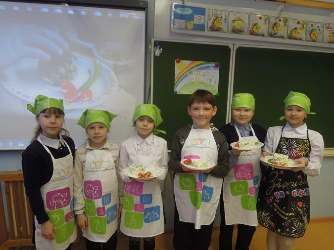 Школьники Кинешмы пробуют силы в кулинарии фото 2