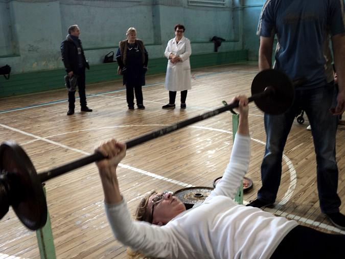 В Кинешме прошел турнир по русскому жиму в честь 100-летия Красной Армии фото 4