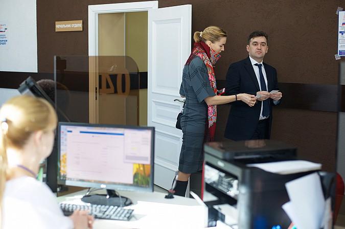 Станислав Воскресенский и Светлана Дрыга проголосуют на выборах Президента России в Иванове фото 4