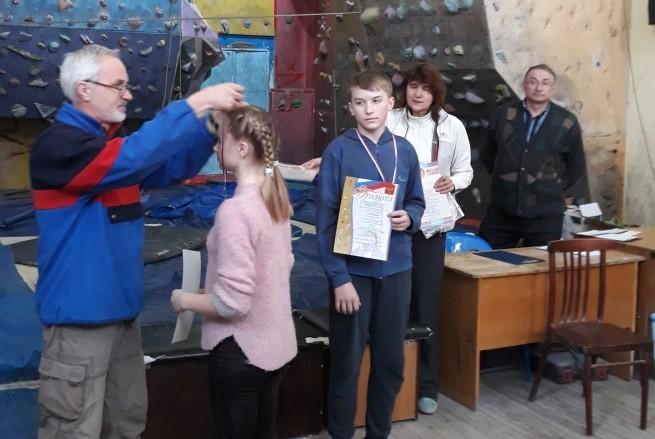 Кадеты кинешемской школы №18 - лучшие на скалодроме фото 4