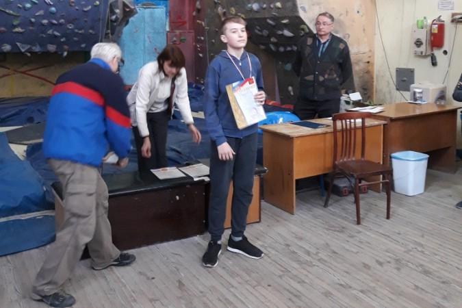 Кадеты кинешемской школы №18 - лучшие на скалодроме фото 3