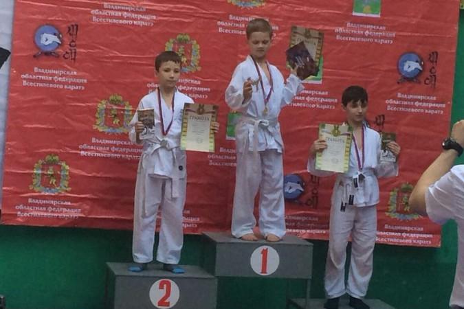 Кинешемские каратисты завоевали 15 медалей на первенстве Владимирской области фото 13