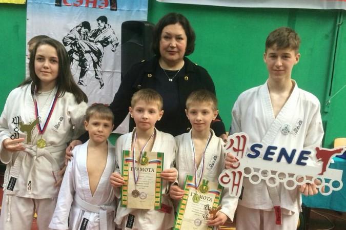 Кинешемские каратисты завоевали 15 медалей на первенстве Владимирской области фото 2