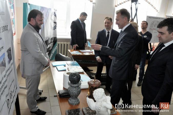 На вице-премьера Игоря Шувалова произвели впечатление Наволоки и резиденты будущего ТОСЭР фото 13