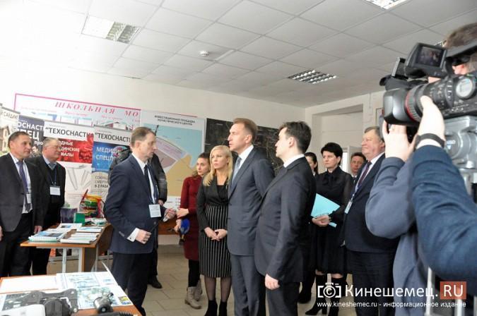 На вице-премьера Игоря Шувалова произвели впечатление Наволоки и резиденты будущего ТОСЭР фото 9