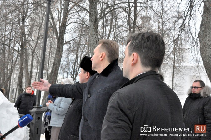 Станислав Воскресенский показал вице-премьеру России Игорю Шувалову Кинешму фото 3