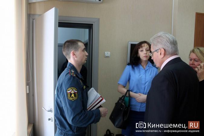 МЧС и прокуратура начали массовую проверку торговых центров Кинешмы фото 4