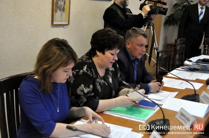 Станиславу Воскресенскому рассказали о 90% готовности Кинешмы к навигации фото 15