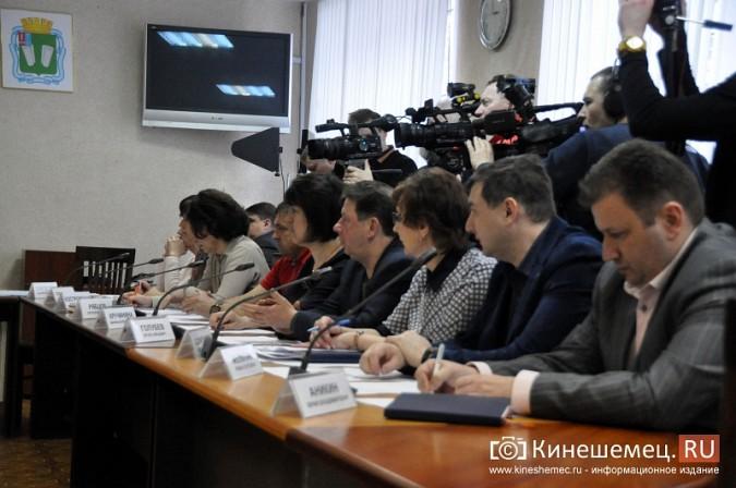 Станиславу Воскресенскому рассказали о 90% готовности Кинешмы к навигации фото 18