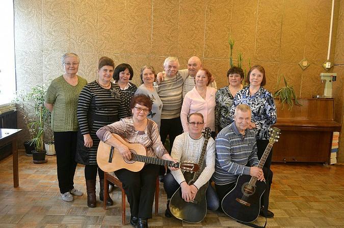 В клубе «Живой родник» Кинешемского района спели под гитару фото 2
