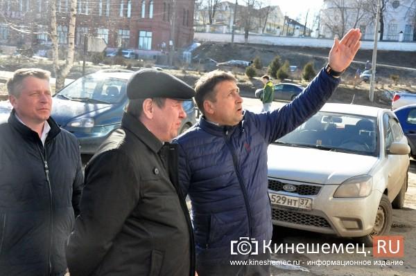 Руководство Кинешмы оценило готовность центра города к встрече туристов фото 9
