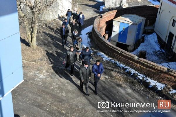 Руководство Кинешмы оценило готовность центра города к встрече туристов фото 6