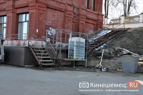 Руководство Кинешмы оценило готовность центра города к встрече туристов фото 14