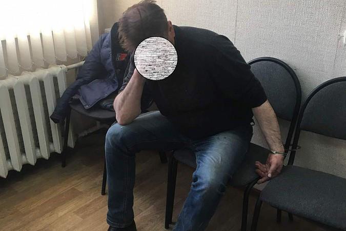На территории Ивановской области задержали вооруженного окровавленного убийцу фото 3