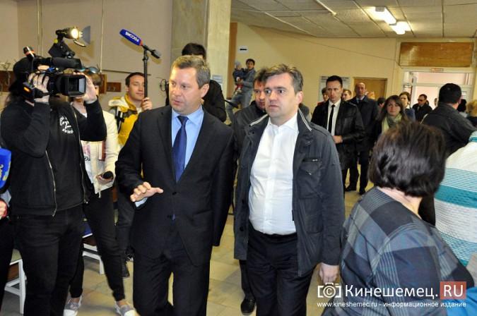 Станислав Воскресенский попросил начать ремонт поликлиники имени Захаровой с туалетов фото 2