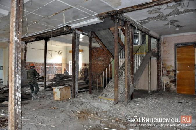Станислав Воскресенский попросил начать ремонт поликлиники имени Захаровой с туалетов фото 4