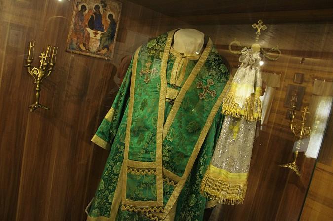 Михаил Батин сводил школьников в музей святителя Василия фото 6