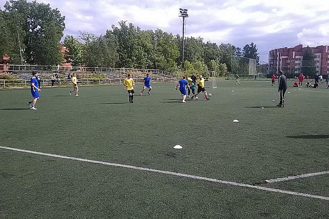 Кинешемские медики сыграли в футбол фото 8