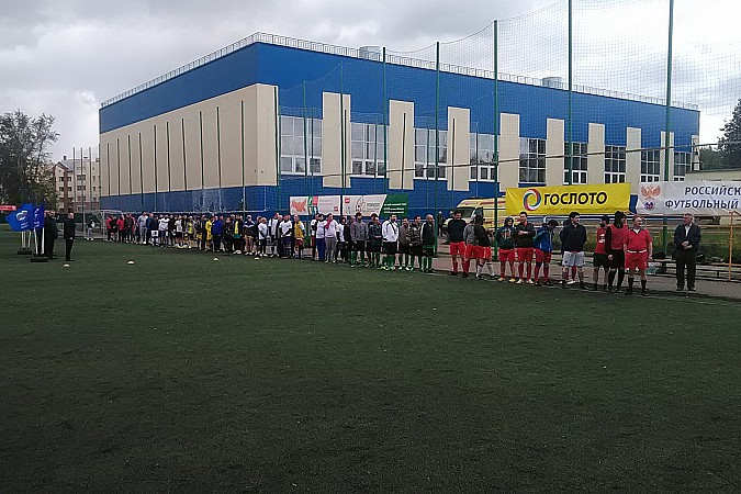 Кинешемские медики сыграли в футбол фото 2