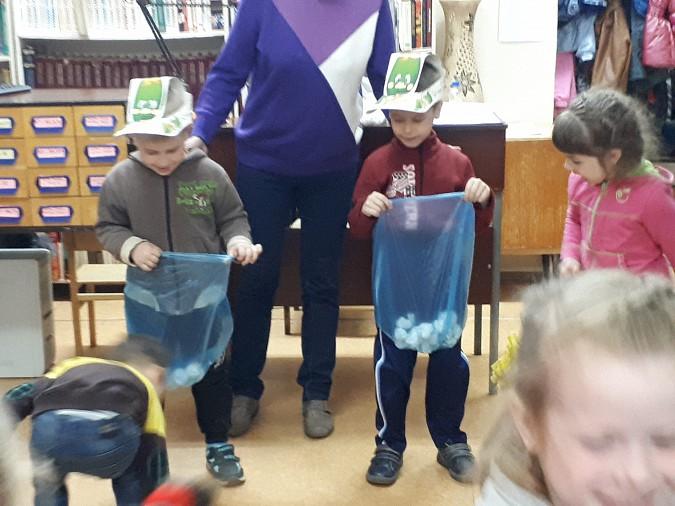 Дети Кинешмы проводят летние дни в библиотеке фото 3