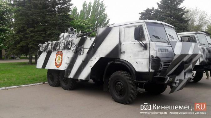 Житель Кинешмы побывал на военном параде в Донецкой республике фото 3
