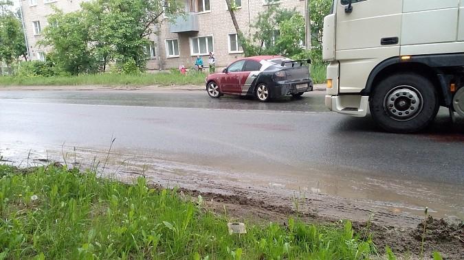 «Мазда» сбила женщину на пешеходном переходе в Иванове фото 2