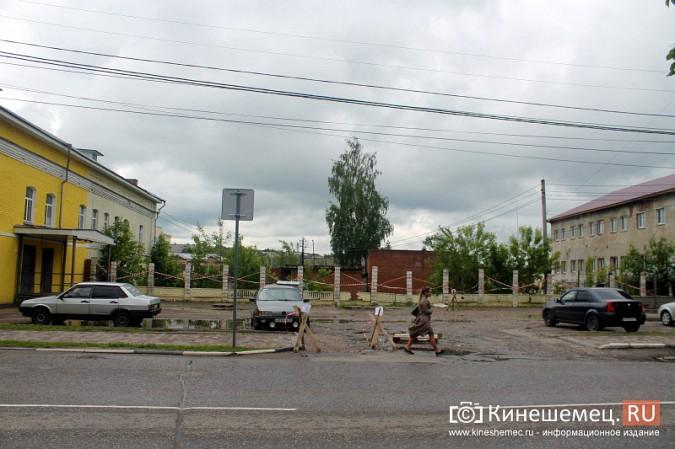 Спустя два года в центре Кинешмы построят новый забор фото 2
