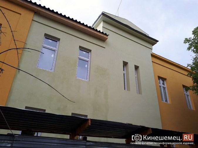 Поликлинику имени Захаровой ремонтируют почти в круглосуточном режиме фото 3