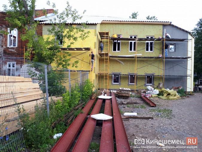 Поликлинику имени Захаровой ремонтируют почти в круглосуточном режиме фото 5
