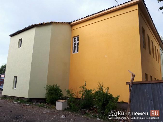 Поликлинику имени Захаровой ремонтируют почти в круглосуточном режиме фото 2