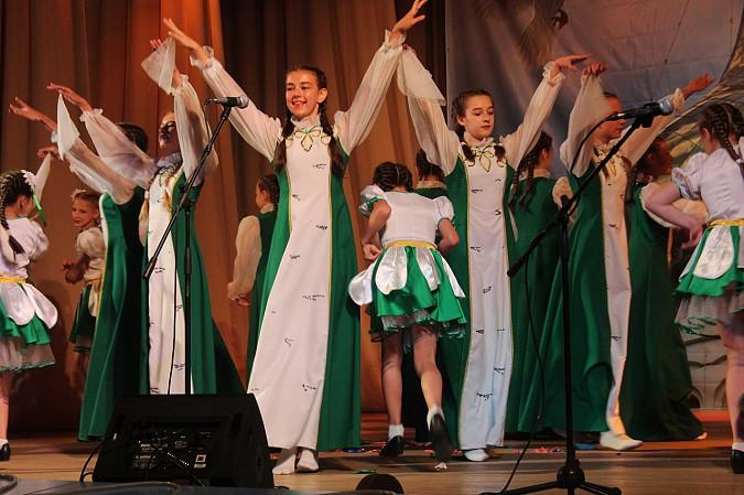Наволоки отметили День семьи, любви и верности большим концертом фото 2
