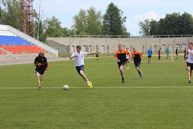Дворовые футбольные команды начали борьбу за Кубок Александра Пахолкова фото 8