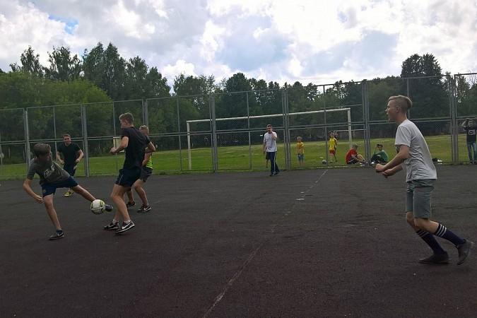 Дворовые футбольные команды начали борьбу за Кубок Александра Пахолкова фото 14