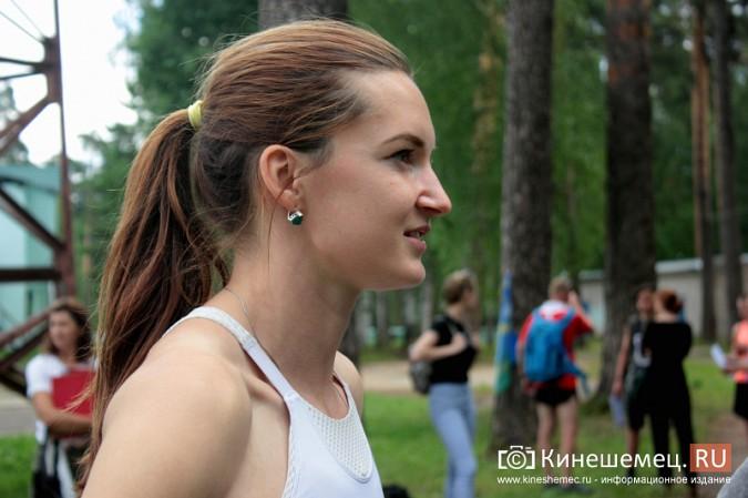 В Кинешемском парке тренируется чемпионка России по спринтерскому бегу Анна Кукушкина фото 3