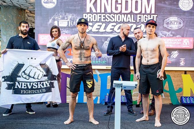 Кинешемский боец по прозвищу Питерский крест впервые уступил на профессиональном ринге фото 3