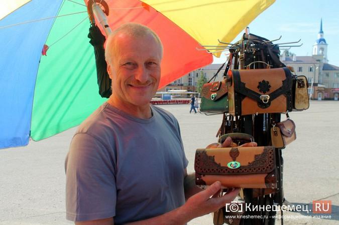 Уроженец Кинешмы создает шедевры из кожи фото 7