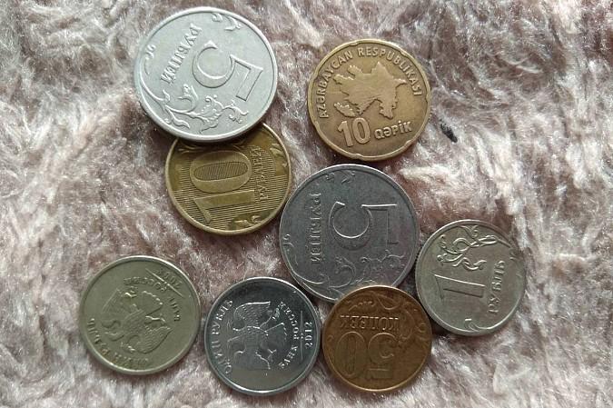В Кинешемских маршрутках расплачиваются азербайджанскими гяпиками и украинскими копейками фото 6